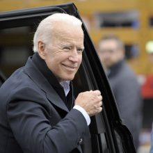 J. Bidenas paskelbė kandidatuosiantis 2020-ųjų JAV prezidento rinkimuose