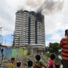 Gaisras viename Filipinų gyvenamajame pastate: žuvo žmogus, šeši sužeisti