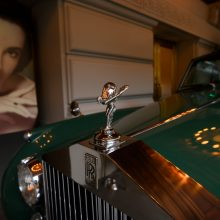 "Aktorei E. Taylor priklausęs ""Rolls-Royce"" automobilis parduotas už rekordinę sumą"
