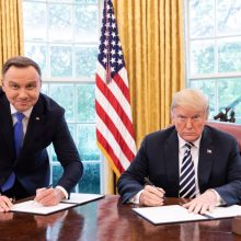 Lenkijos prezidentas birželį susitiks su D. Trumpu Baltuosiuose rūmuose