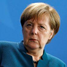 """A. Merkel: ES dujų direktyvos pataisos negali sustabdyti """"Nord Stream 2"""" projekto"""