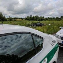 Rokiškio rajone nuo kelio nuvažiavo automobilis: sužaloti du jaunuoliai