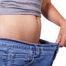 Tyrimas: pusė amerikiečių bando mesti svorį