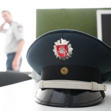 Policijos pareigūnu apsimetęs sukčius iš vyro sąskaitos pasisavino per 9 tūkst. eurų