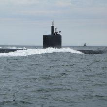 Ar povandeninių laivų įgulos jaučia bangavimą, ar audros kelia pavojų laivams?