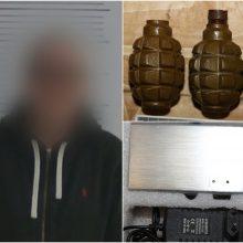 Galingus sprogmenis ir šaudmenis namuose laikęs vyras sulaukė teismo kirčio
