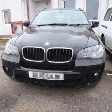Šakiuose siautėja vagišiai: pavogtas daugiau kaip 50 tūkst. eurų vertas BMW