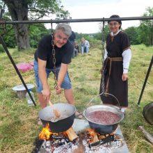 R. Laužikas: mūsų tradicinė virtuvė turėtų būti ne vien bulviniai patiekalai