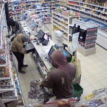Taikos prospekte sukiojasi vagys: toje pačioje parduotuvėje – net trys nusikaltimai