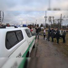 Incidentas Ignalinoje: girtas vairuotojas atsitrenkė į geležinkelio pervažos atitvarus ir pasišalino