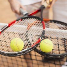 Australijoje dėl nustatyto COVID-19 atvejo turės izoliuotis šimtai tenisininkų