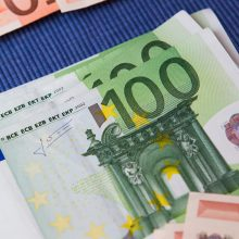 Finansų ministrai susitarė dėl finansinio instrumento euro zonai