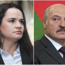 A. Lukašenka prisiima nuopelną už S. Cichanouskajos gyvybės išgelbėjimą