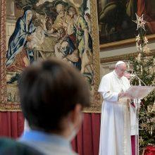 """Popiežius: šią istorijos akimirką svarbiausias žodis yra """"brolystė"""""""