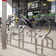 """Apsipirkti – su dviračiu: """"Iki"""" parduotuvės tapo dar draugiškesnės dviratininkams"""