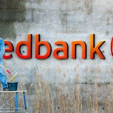 Bankomate grynuosius įnešusio vyro laukė nemaloni staigmena: 5 tūkst. eurų dingo lyg į vandenį