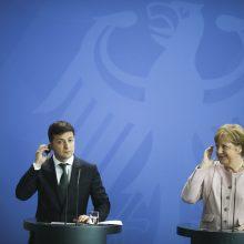 Per susitikimą su V. Zelenskiu silpnai pasijutusi A. Merkel: man viskas gerai