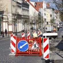 Teks apsišarvuoti kantrybe: Tiltų gatvėje – remonto darbai