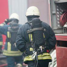 Įtariama, kad Panevėžyje degęs sandėlis buvo padegtas