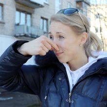 Klaipėdiečiai ir toliau piktinasi smarvės problema: negali praverti net balkono