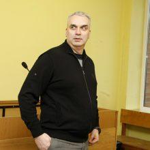 Teisininko kelionė baigėsi teisme: pasienyje bandė prasivežti ginklą