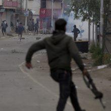 Indijos šiaurės rytuose nužudytas įstatymų leidėjas ir dar mažiausiai 10 žmonių