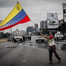 JAV paskelbė sankcijas penkiems Venesuelos pareigūnams