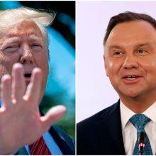 A. Duda tikisi D. Trumpo įsipareigojimo didinti JAV karių kontingentą Lenkijoje
