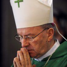 Paryžius ragina Vatikaną imtis veiksmų dėl kaltinimų jo nuncijui Prancūzijoje