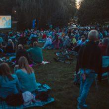 """""""Kino karavano"""" organizatoriai: žmonės jau turi įprotį kiną žiūrėti dideliame ekrane"""