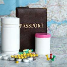 Ruošiatės kelionei lėktuvu: ką būtina žinoti apie vaistus ir medicinines pažymas?