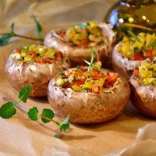 Kokius originalius patiekalus galėtų pasigaminti veganai ir vegetarai? <span style=color:red;>(receptai)</span>