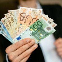 Kėdainių laidojimo namų direktorius kaltinamas nuslėpęs bemaž 38 tūkst. eurų pajamų