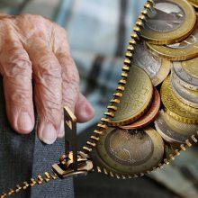 Pensijų reformos rezultatai: tūkstančiai kaupimą sustabdė, virš milijono – pasilieka