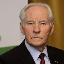 Mirė ilgametis Lietuvos elektrinės direktorius P. Noreika