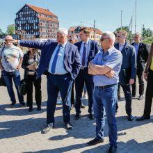 V. Grubliauskas terminale vykstančioms statyboms pažėrė kritikos