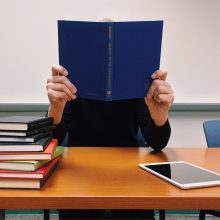 Mokslininkai atskleidė paprastą triuką, kaip įsiminti tekstus ar informaciją