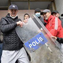 Kirgizijoje oficialiai anuliuoti parlamento rinkimų rezultatai