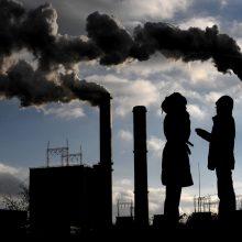 EK vadovė ragina Europą iki 2030 metų 55 procentais sumažinti taršą
