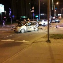 """Mirtiną avariją sukėlusiam """"City Bee"""" vairuotojui – 6,5 metų nelaisvės: įžvelgta ir bendrovės kaltė"""