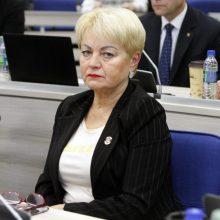 Klaipėdos tarybos narei E. Andrejevai už cigarečių be banderolių laikymą skirta bauda