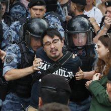 Maskvoje sulaikyta per 400 protestuotojų, tarp jų – ir A. Navalnas