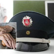 Klaipėdoje policijos ekspertu prisistatęs sukčius nuo senolės stalo pagrobė 5 tūkst. eurų