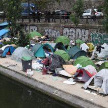 Pasaulyje priverstinai namus palikusių žmonių skaičius pasiekė 70,8 mln.