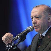 ES spaudžia Turkiją toliau mažinti įtampą: siekia geresnių santykių