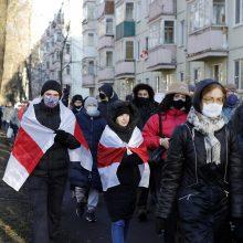 Teisėsauga: per protesto akcijas Minske sulaikyta per 300 žmonių