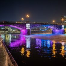 Sekmadienį retų ligų dienos spalvomis nušvis trys Vilniaus tiltai