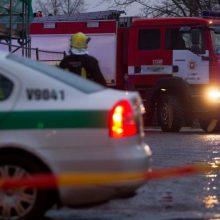 Nelaimė Pakruojo rajone: daugiabučio namo bute įvyko sprogimas
