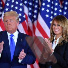 M. Trump paragino sąžiningai suskaičiuoti balsus prezidento rinkimuose