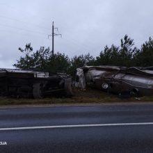 Praėjusią parą per eismo įvykius žuvo trys žmonės: vienas jų – dėl girto vairuotojo kaltės